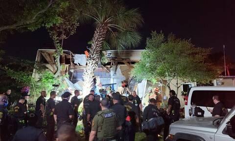 Συνετρίβη ελικόπτερο σε συγκρότημα κατοικιών - Τουλάχιστον δυο τραυματίες σε κρίσιμη κατάσταση