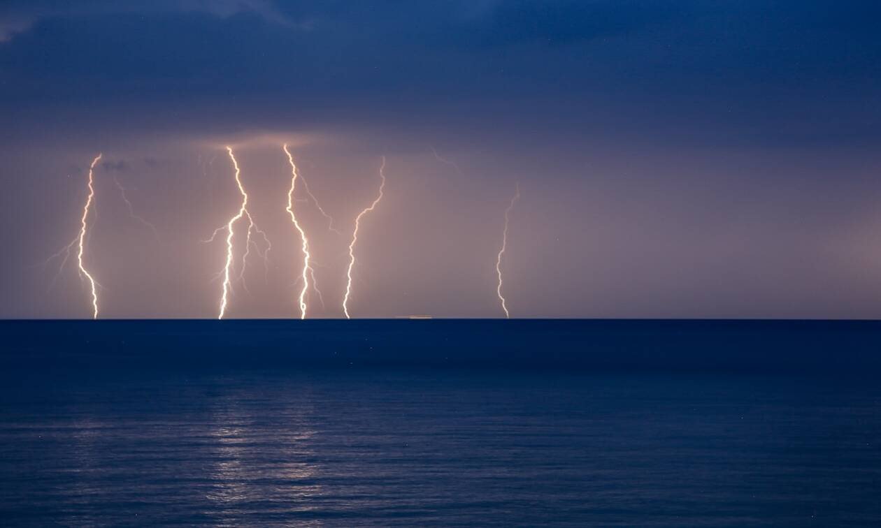 Thunderstorms to hit central and northern Greece on Saturday