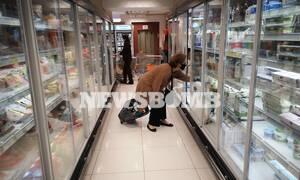 Ρεπορτάζ Newsbomb.gr: Πολύ προσεκτικοί οι πολίτες - Με μάσκες ψωνίζουν στα σούπερ μάρκετ