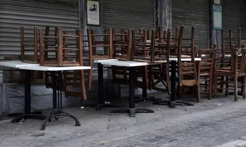 Θεοδωρικάκος: Επιπλέον τετραγωνικά σε ανοικτούς χώρους ή μείωση τελών για τα καταστήματα εστίασης