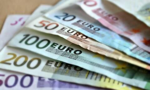 Κορονοϊός- Επιστρεπτέα προκαταβολή: Τα ποσά που θα λάβουν 90.000 πληττόμενες επιχειρήσεις