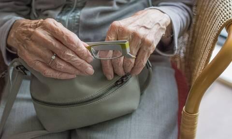 Έρχονται έξτρα αναδρομικά: Ποιες κατηγορίες συνταξιούχων τα «κλειδώνουν»