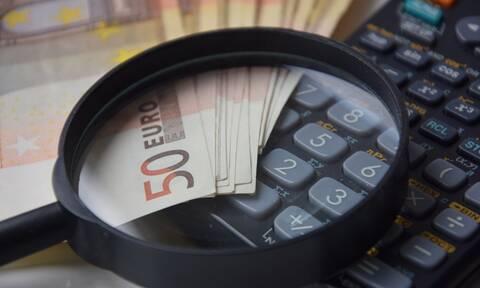 Επιστρεπτέα προκαταβολή: Ποιες επιχειρήσεις και πότε θα λάβουν 2.000-4.000 ευρώ