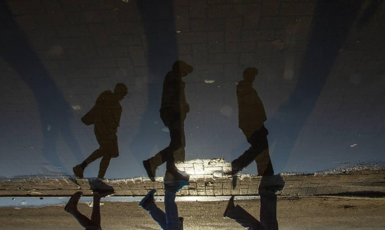 Ο φονικός κορονοϊός «λύγισε» τον πλανήτη: 250.000 νεκροί και πάνω από 3,5 εκατ. κρούσματα
