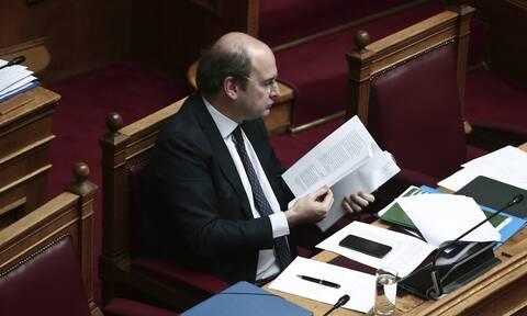 Βουλή: Αλλαγές Χατζηδάκη στο περιβαλλοντικό νομοσχέδιο - Σφοδρές αντιδράσεις από την αντιπολίτευση