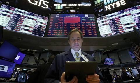 Κλείσιμο με μικρή άνοδο στη Wall Street - Πάνω από τα 20 δολάρια το αμερικάνικο πετρέλαιο
