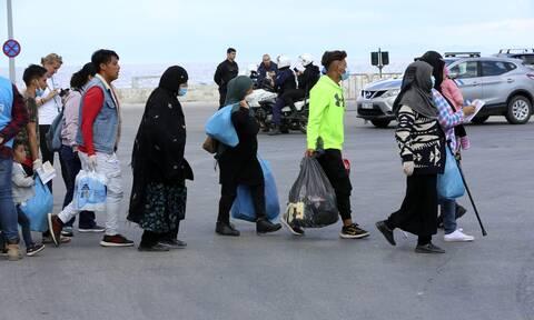 «Βαπτίζονται» απόρρητες οι δαπάνες του υπουργείου Μετανάστευσης - Οι αντιδράσεις των Ευρωπαίων