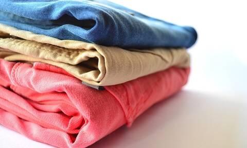 Το δικαίωμα στο καθαρό ρούχο «δεν σηκώνει» διαχωρισμούς