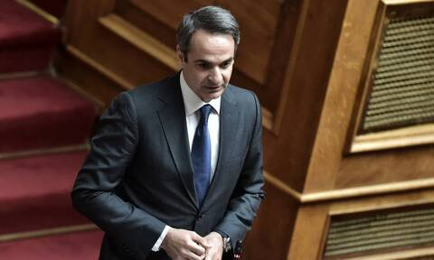 PM Mitsotakis urges bankers to help struggling businesses with liquidity tools
