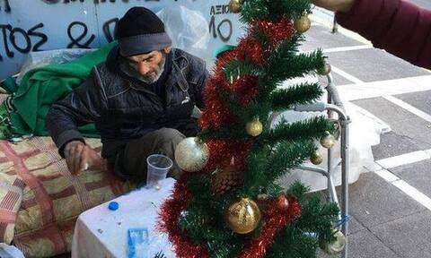 Έφυγε από τη ζωή ο πιο «διάσημος» άστεγος της οδού Σταδίου