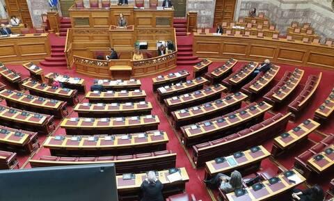 Βουλή: Πέρασε το περιβαλλοντικό νομοσχέδιο με 158 «ναι» - Η απουσία του ΣΥΡΙΖΑ
