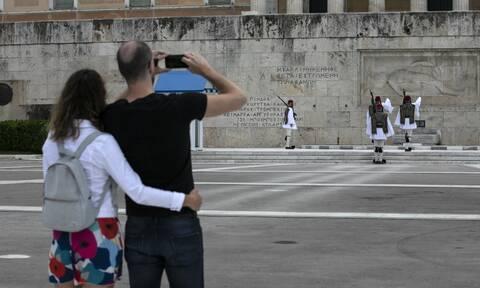 Στη δημιουργία «ασφαλούς ζώνης» τουρισμού αποβλέπουν Ελλάδα, Κύπρος και Ισραήλ
