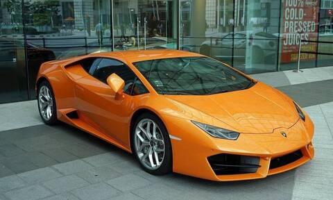 Παιδί 5 ετών ήθελε να πάρει Lamborghini αλλά η μάνα του είπε όχι - Απίστευτο αυτό που έκανε (vid)