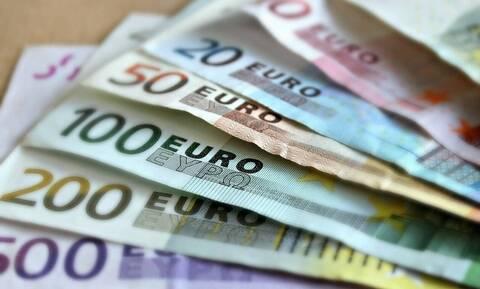 Αποζημίωση ειδικού σκοπού: Πιστώθηκαν 800 ευρώ στους λογαριασμούς 100.313 δικαιούχων