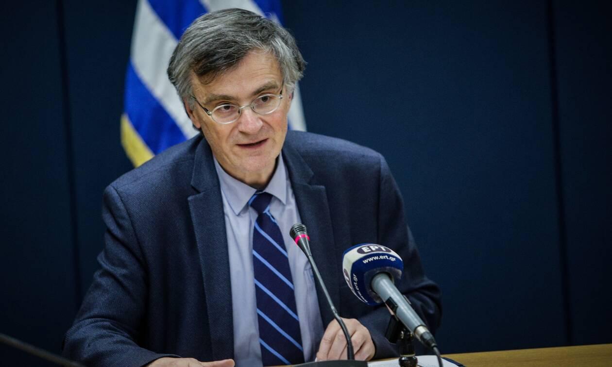Τσιόδρας: Δεν υπάρχει υποεκτίμηση των θανάτων στην Ελλάδα - Ακολουθούμε τα διεθνή πρότυπα