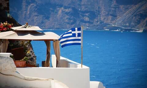 Ελπίδα για τον τουρισμό: Στήριξη και της Ισπανίας στην Ελλάδα για τις καλοκαιρινές διακοπές