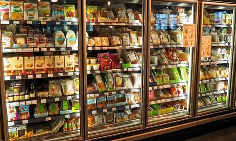 Κορονοϊός: Μεταδίδεται τελικά μέσω των τροφίμων; Τι απαντούν οι επιστήμονες