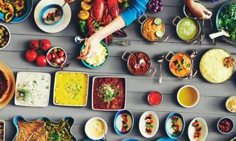 Με αυτές τις τροφές θα ανεβάσετε την ψυχολογία σας στα ύψη