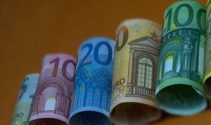 Πολιτισμός - Επίδομα 800 ευρώ στους καλλιτέχνες: Οι δικαιούχοι και οι ημερομηνίες καταβολής