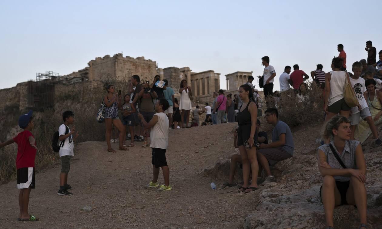 Κορονοϊός Γερμανία: Η Ελλάδα περιόρισε με επιτυχία την πανδημία και τώρα διεκδικεί τουρίστες