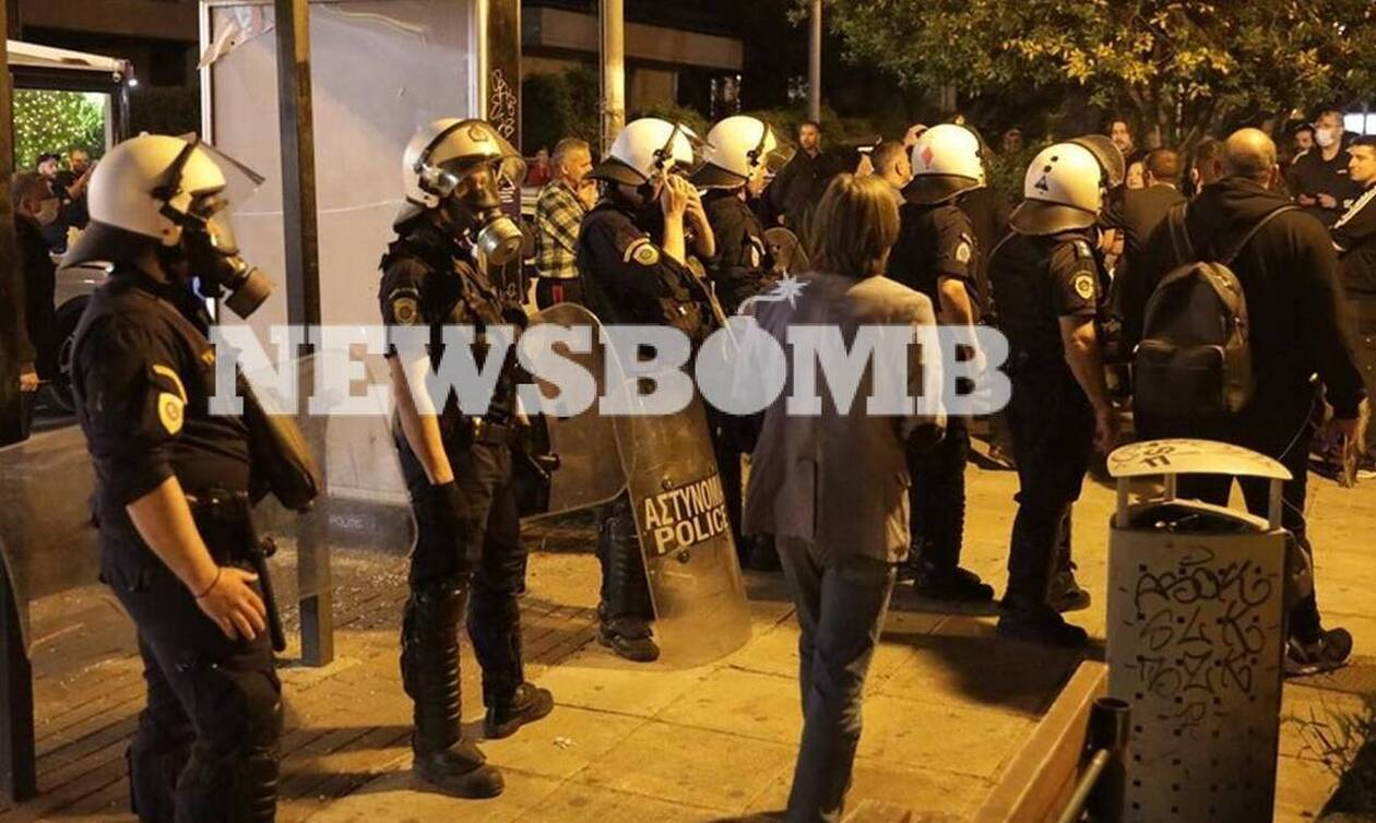 Επιστροφή στην κανονικότητα: Οι γεμάτες πλατείες, τα ΜΑΤ και η σύγκρουση κυβέρνησης-ΣΥΡΙΖΑ