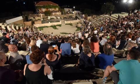 ΚΕΔΕ: Δωρεάν στους επαγγελματίες του Πολιτισμού τα Δημοτικά και Περιφερειακά Θέατρα για το καλοκαίρι