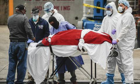 Κορονοϊός στις ΗΠΑ: Πάνω από 2.400 θάνατοι μέσα σε 24 ώρες