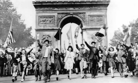Εν μέσω κορονοϊού η Ευρώπη γιορτάζει τα 75 χρόνια από το τέλος του Β' Παγκoσμίου Πολέμου