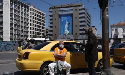Μετακινήσεις: Πόσα άτομα θα μπορούν να μπαίνουν στα ταξί - Διαχωριστικό στα λεωφορεία