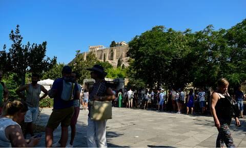 Κορονοϊός: Ο δύσκολος γρίφος του τουρισμού στην Ελλάδα
