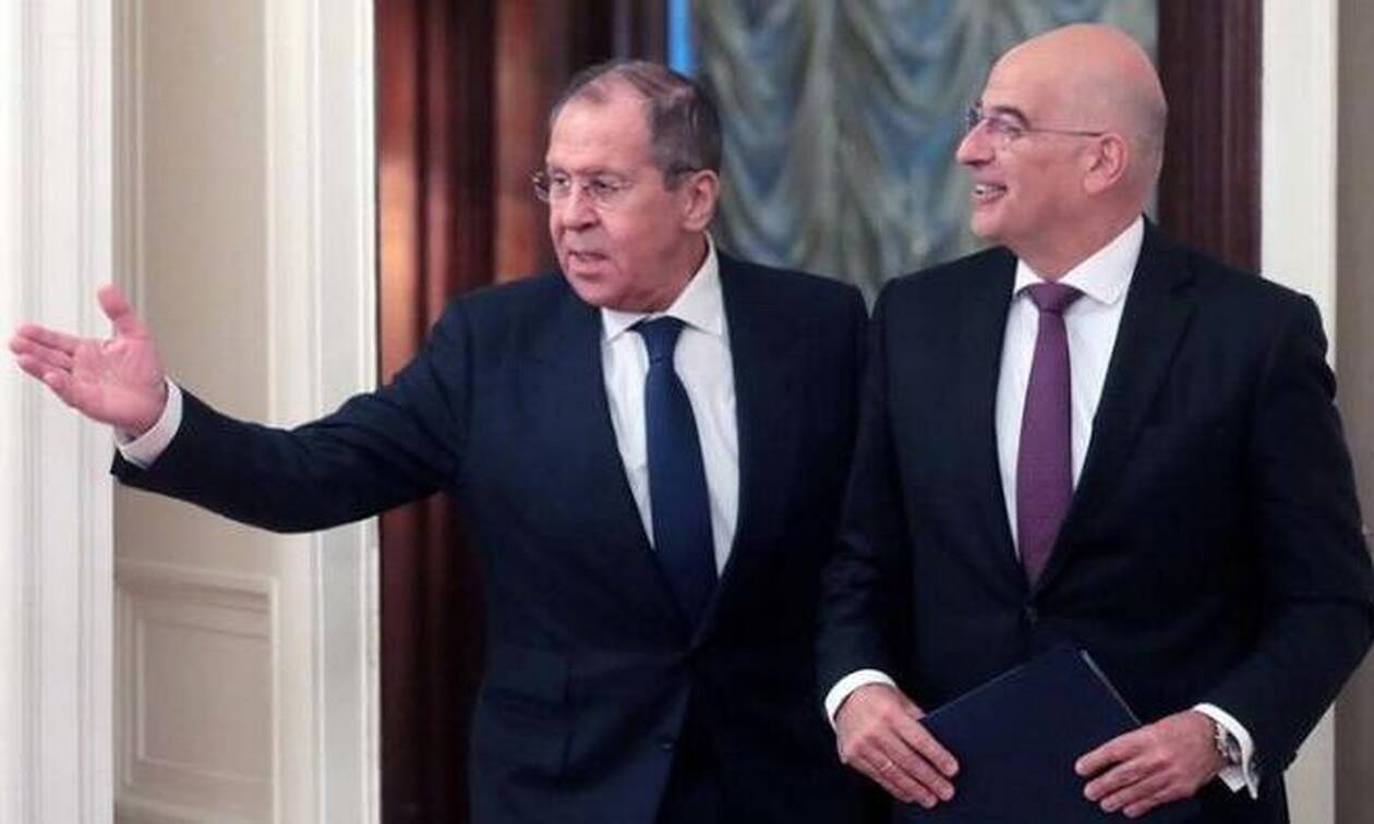 Никос Дентиас провел телефонные переговоры с Сергеем Лавровым