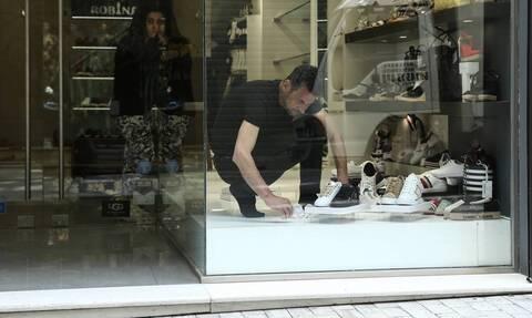Άρση μέτρων - Παπαθανάσης: Οι επιχειρήσεις και τα καταστήματα που ανοίγουν τη Δευτέρα (11/05)