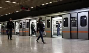 Κορονοϊός: Αυξήθηκε κατά 82% η επιβατική κίνηση στα μέσα μεταφοράς από 4/5 έως 7/5