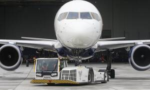 Άρση μέτρων: Τι θα γίνει με αεροπλάνα και πλοία - Το πλάνο της κυβέρνησης για τις μετακινήσεις