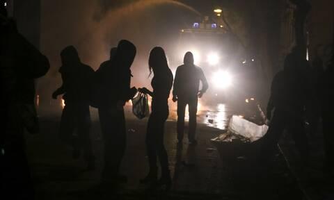 Ένταση και χημικά στην Κυψέλη: Τα ΜΑΤ «έσπασαν» συγκέντρωση στην πλατεία του Αγίου Γεωργίου (vids)