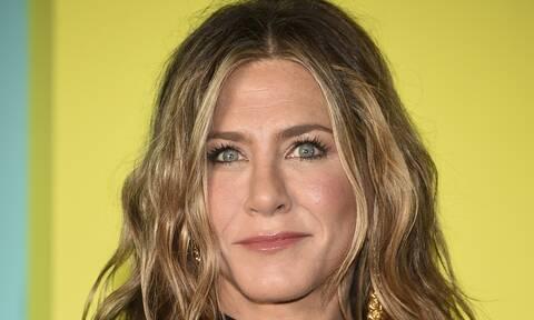 Jennifer Aniston: Σάλος με την υιοθεσία των παιδιών του αδερφού της