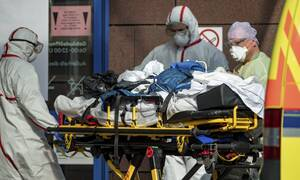 Κορονοϊός - Ρωσία: Πάνω από 10.000 κρούσματα το τελευταίο 24ωρο - Ενδεχόμενο Lockdown ως τον Ιούνιο