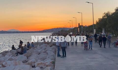 Ρεπορτάζ Newsbomb.gr: Γεμάτος ο Φλοίσβος - Οι πολίτες κατέκλυσαν τις παραλίες
