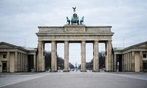 Κορονοϊός - Εφιαλτικά νέα για τη Γερμανία: Αυξήθηκε το R0 μετά την άρση του Lockdown
