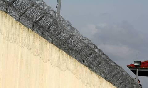 Φυλακές Τρικάλων: Νεκρός 36χρονος κρατούμενος - Κατέρρευσε στο κελί του