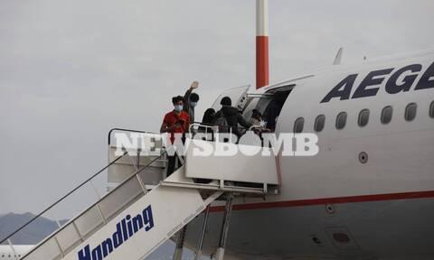 Το Newsbomb.gr στο «Ελ. Βενιζέλος»: Δεκάδες πρόσφυγες έφυγαν για Μεγάλη Βρετανία