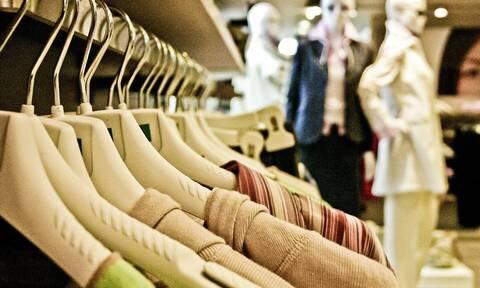 Επιστροφή στην κανονικότητα: Έτσι θα δοκιμάζουμε πλέον τα ρούχα στα καταστήματα