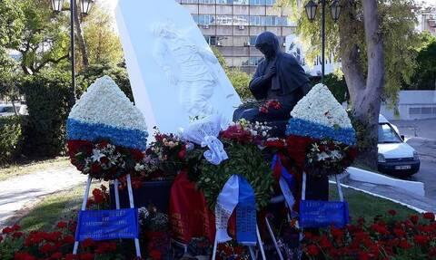 В Афинах состоялись церемонии возложения венков к Памятнику советским воинам