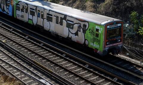 Πανικός στον Ηλεκτρικό στον Ταύρο: Ακινητοποιήθηκε ο συρμός γιατί επιβάτης έπαθε καρδιακό επεισόδιο