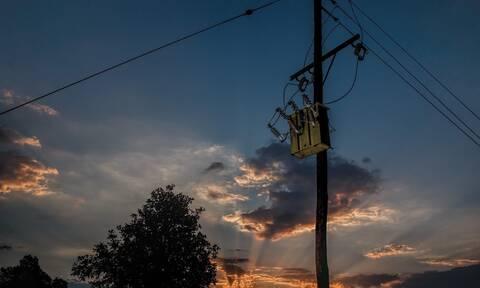 Τρία χωριά έμειναν ξαφνικά χωρίς ρεύμα μέσα στη νύχτα - Δεν φαντάζεστε για ποιον λόγο (pics)