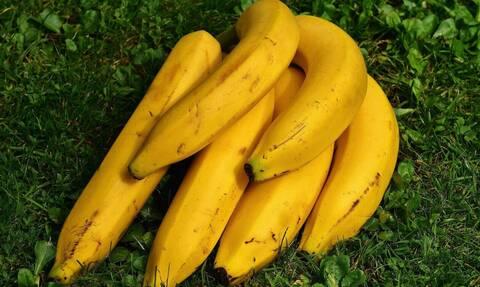 ΣΟΚ: Έφαγε μια μπανάνα και κατέληξε σε κώμα