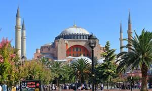 Οργιάζουν τα Μέσα Ενημέρωσης στην Τουρκία: «Η Αγία Σοφία γίνεται τέμενος»