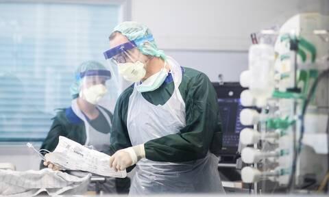 Κορονοϊός - Έρευνα: Σχεδόν όλοι όσοι αναρρώνουν αναπτύσσουν αντισώματα στον φονικό ιό