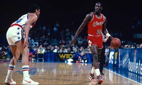Πόσα θα έδινες για τα αυθεντικά παπούτσια του Michael Jordan;