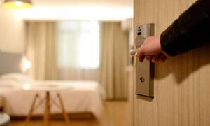 Ξενοδοχεία: Οδηγίες σε περίπτωση κρούσματος κορονοϊού - Τι να προσέξουν υπεύθυνοι και πελάτες